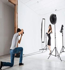 PHOTO STUDIO AND PHOTOGRAPHER